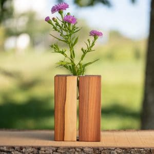 Holzvase aus Birnenholz, geölt